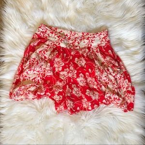 Free People size 4 floral shorts